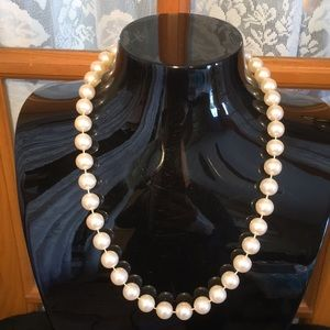 """Pearl 21"""" Off White Faux Vintage Necklace"""